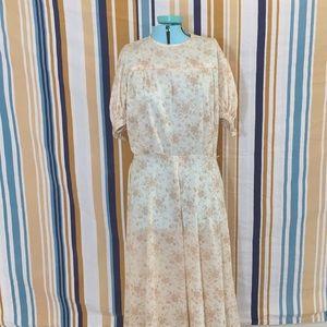 True Vintage Hand Made 60s 70s Cream Color Dress